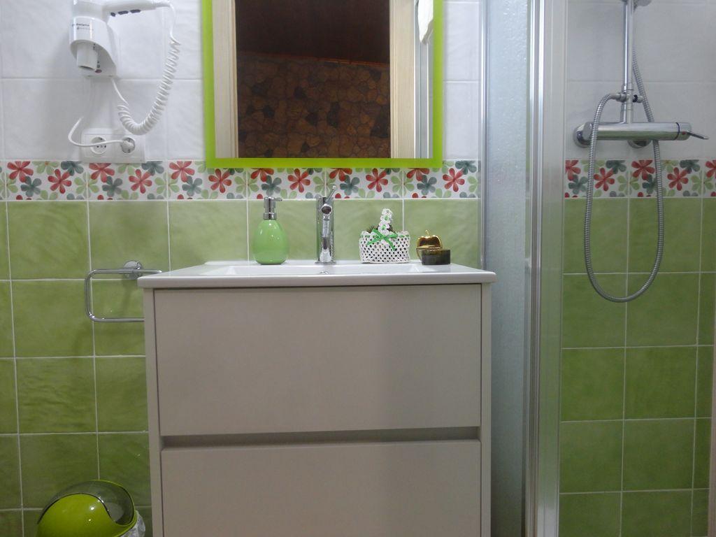 casa-oliva-bodegueta-banos2