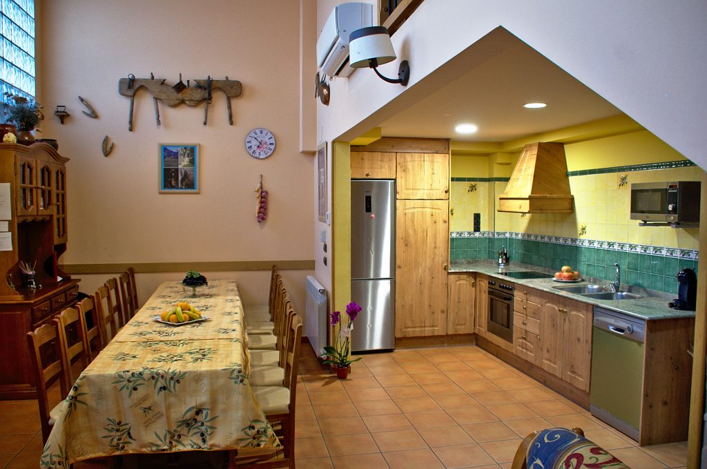 somontano-abiego-casa-rural-oliva-1